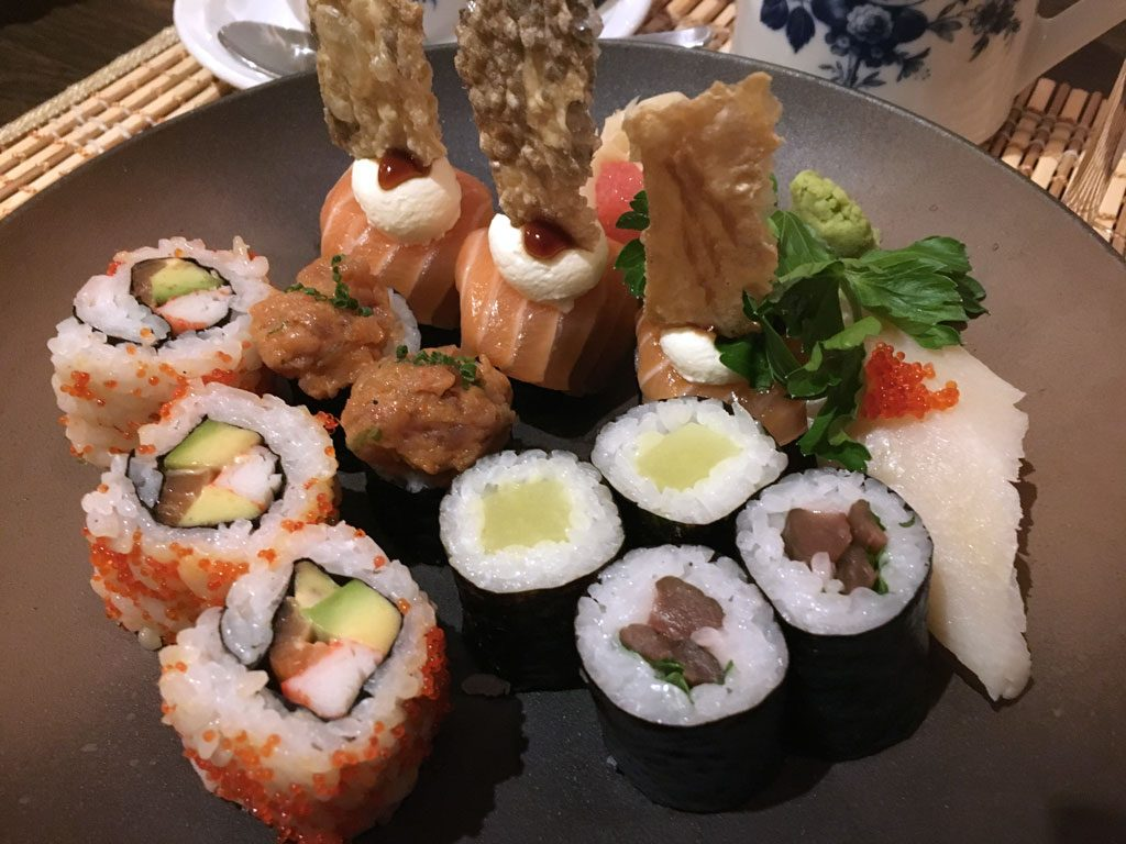 Hiro Buxheim. Sushi Menue. Japanisch essen in Bayern.
